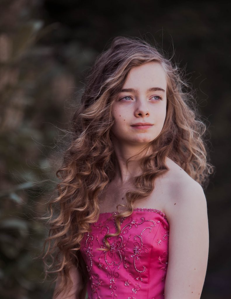 Photoshoot of girl in prom dress